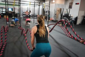 Czym jest CrossFit – jak się trenuje, na jakim sprzęcie ?