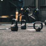 Akcesoria, przyrządy i sprzęt do ćwiczeń w domu